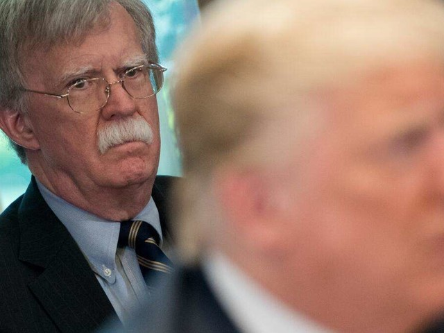 """Ex-Sicherheitsberater John Bolton: """"Ich verrate Ihnen etwas, Donald Trump wird 2024..."""""""