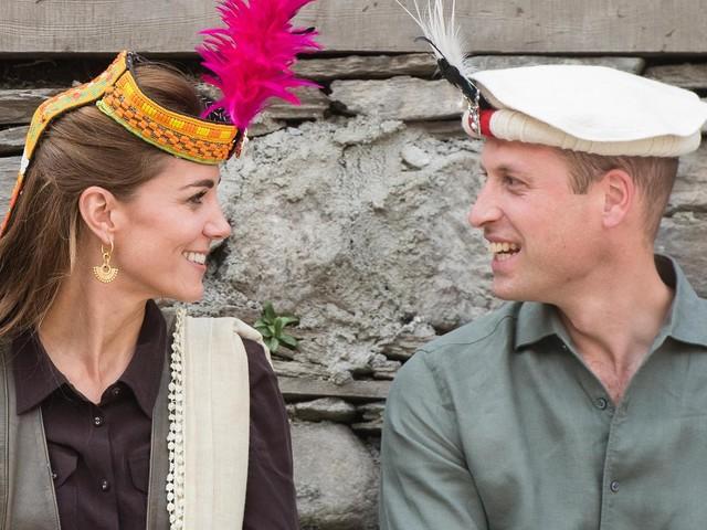 Dianas Fußspuren: Herzogin Kate und Prinz William gut gelaunt im Hindukusch