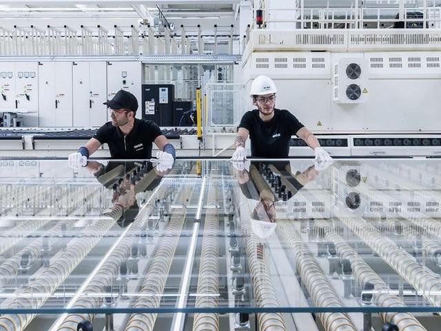 Groß, größer, aus Glas:Wie Sedak Scheiben für Spitzenbauwerke herstellt