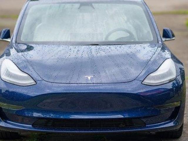 - Deutsche E-Autos floppen: Wie Tesla die Konkurrenz abhängt