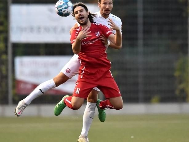 Fussball: SV Fortuna Bottrop - Rot-Weiss Essen