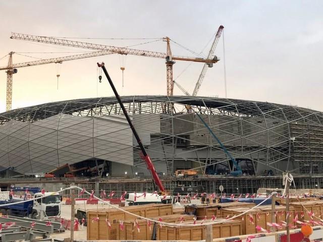 Katar 2022: Der Preis für die Fußball-WM in der Wüste