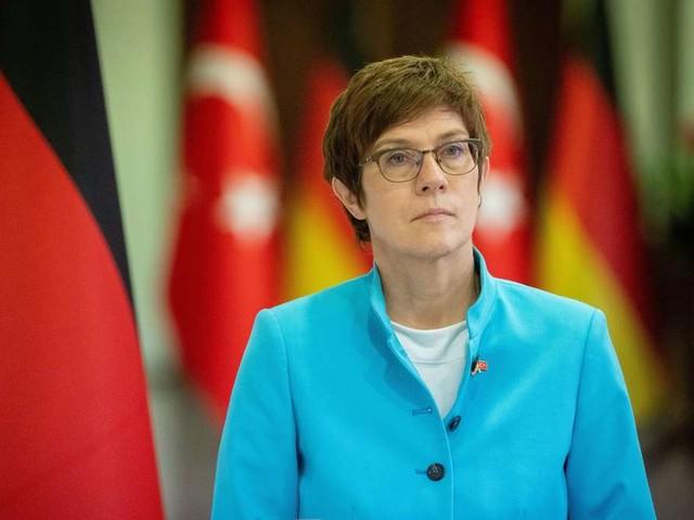 Bundeswehr: Bundesministerin Kramp-Karrenbauer fürchtet um Deutschlands guten Ruf