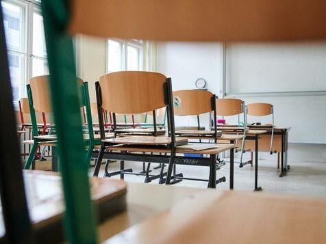 Deutschland schloss Schulen etwas kürzer als andere Länder