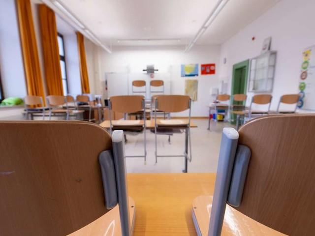 Corona in Bayern: Schulen auch nach den Ferien dicht? Ansage aus München lässt aufhorchen
