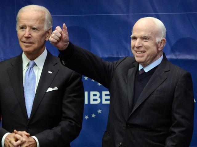 """McCain: USA keine Nation des """"Blut und Boden"""""""