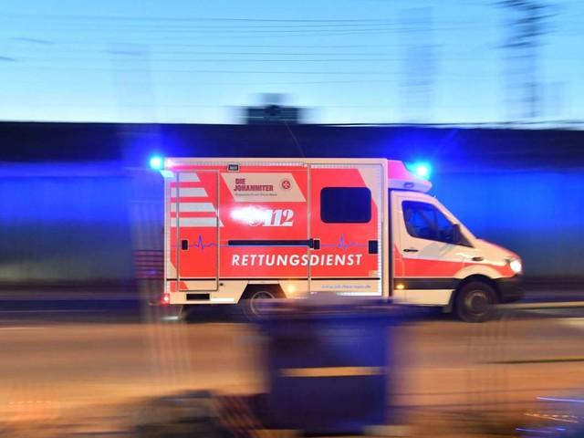Tödlicher Unfall in Ulm: Mann stürzt von Leiter und stirbt