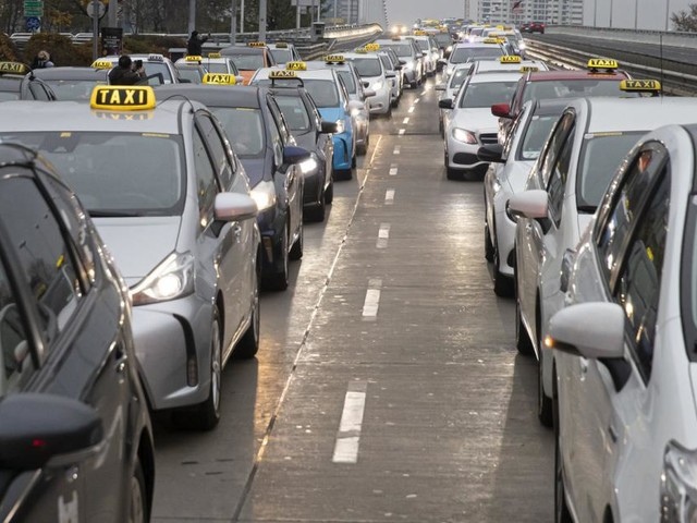 Projekt E-Taxi: Image-Politur für eine angeschlagene Branche