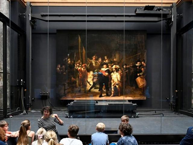 """Rembrandts """"Nachtwache"""" wird wieder im Originalformat gezeigt"""