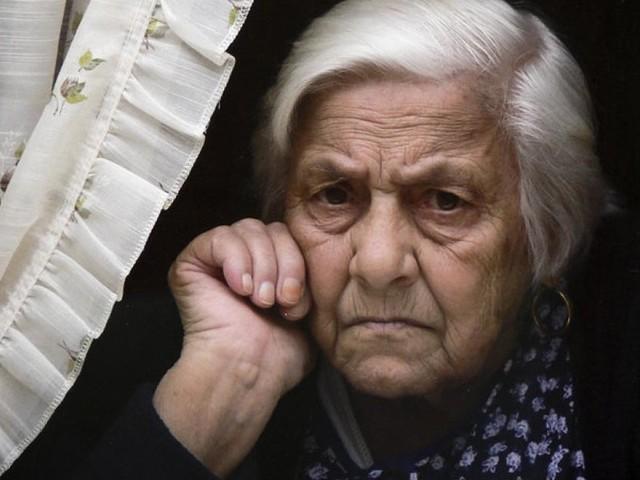 Wie Demenz und Osteoporose zusammenhängen - vor allem bei Frauen