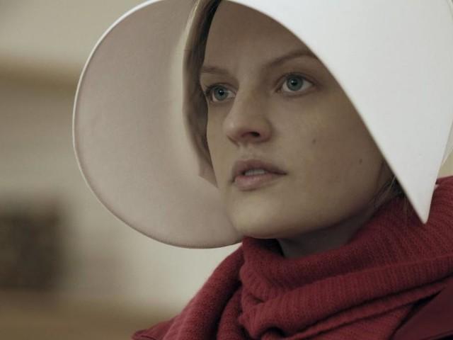 """Serienstar Elisabeth Moss: Situation in den USA ist """"angsterregend"""""""
