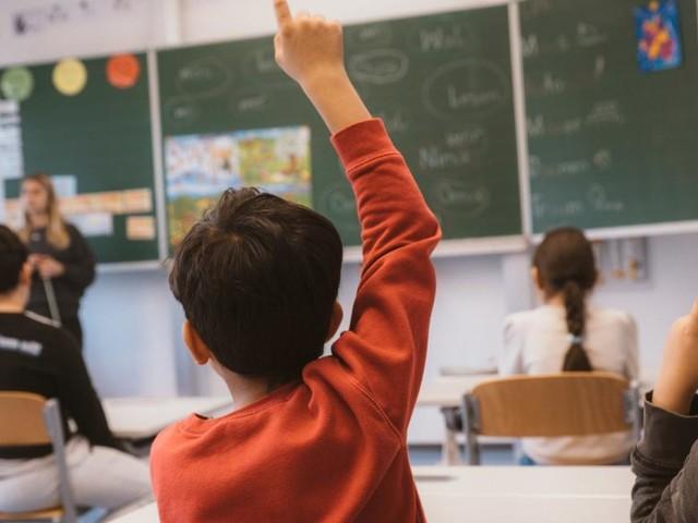 Lehrervertreter: Maßnahmen für sichere Schulen im Herbst fehlen