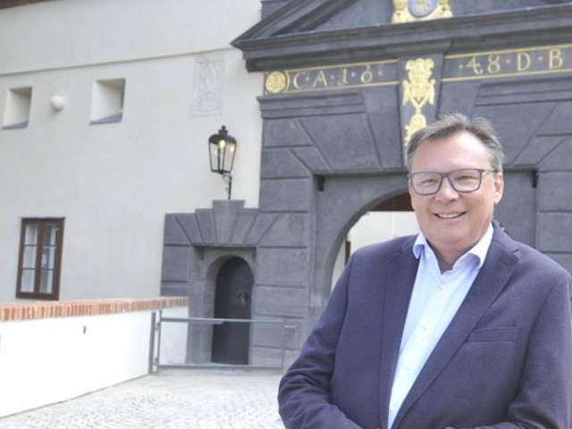 Ex-Minister als Burgherr in Stadtschlaining
