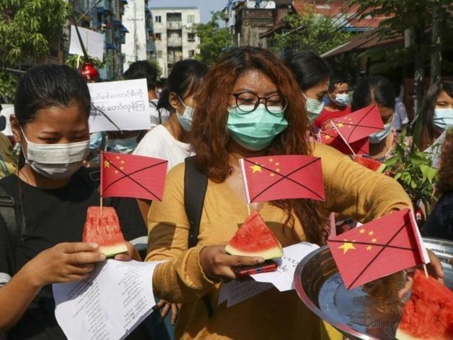 Neue Großdemos in Myanmar