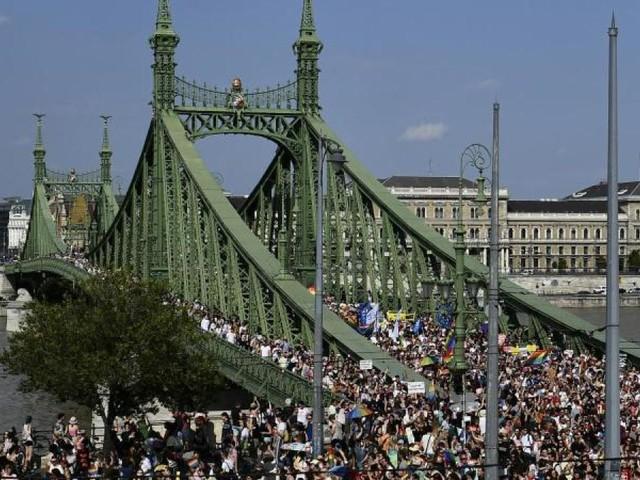 Ungarn: Große Demonstration für Rechte Nicht-Heterosexueller