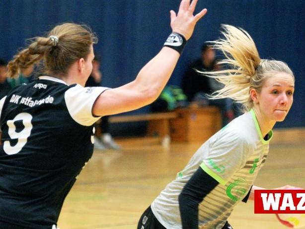 Handball Landesliga: 23:21-Sieg: Weiter Hoffnung für Herbedes Handballerinnen