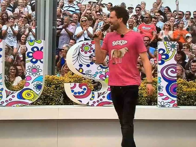Affenlaute, Furzgeräusche, Seniorenwitze: Luke Mockridge mit Skandalauftritt im ZDF - Moderatorin Kiewel findet klare Worte