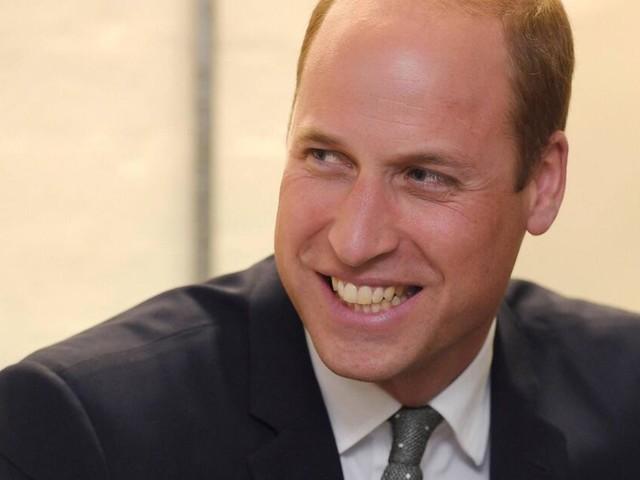 Prinz William scherzt über seine Halbglatze