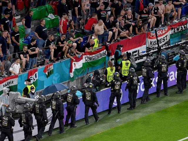 Ungarische Fans mit homophoben Sprechchören bei EM-Spiel in München – versuchter Blocksturm