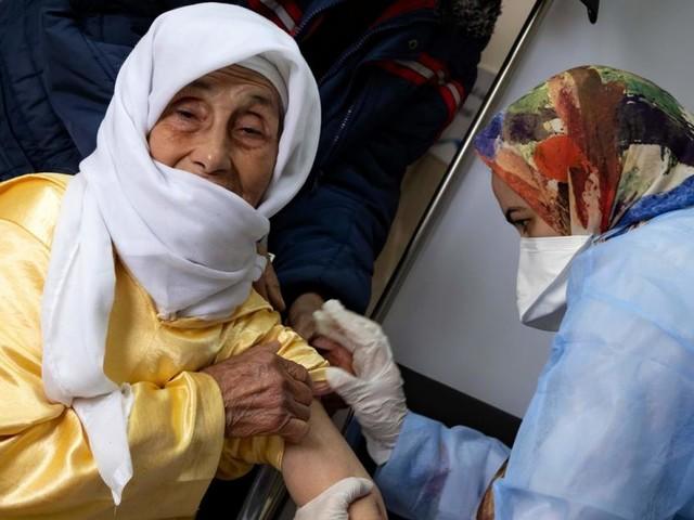 Warum Marokko die EU beim Impfen meilenweit abhängt