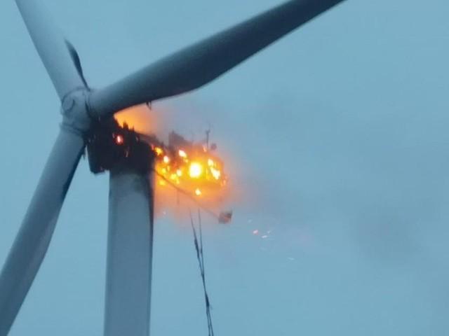 Windrad im Windpark Gols ging in Flammen auf