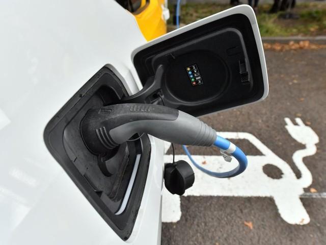 52 Prozent mehr als 2018: Zahl der Ladepunkte für E-Autos in Deutschland steigt