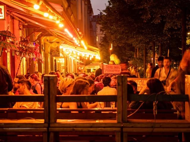 Corona-Impfquote in Deutschland: Doch keine Party für Geimpfte?