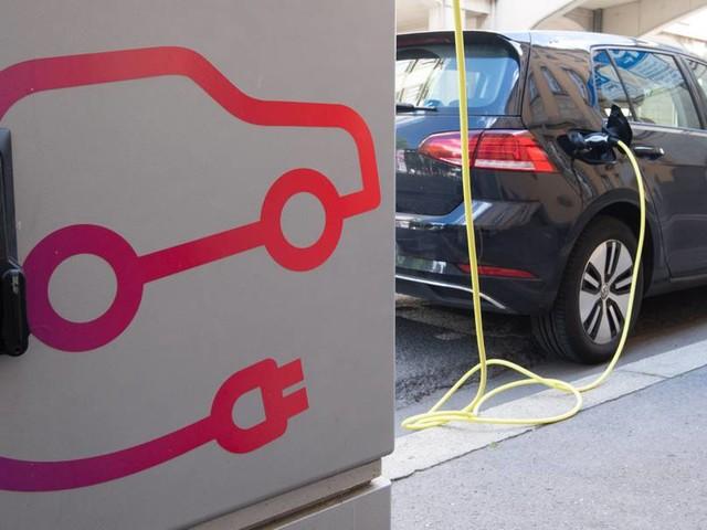 E-Mobilität: Steht Deutschland sich mit einem schlechten Ladenetz für E-Autos selbst im Weg?