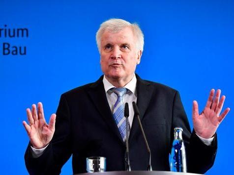 Muss Horst Seehofer wegen Sami A. vor den Innenausschuss?