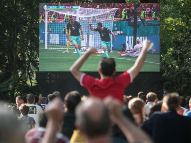 """""""Die Regeln sind nicht durchdacht"""" - Ansturm auf Biergärten vor dem Deutschland-Spiel - doch nicht alle Wirte sind glücklich"""