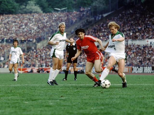 FC Bayern München - Verein nimmt Abschied von ehemaligem Spieler - Familie veröffentlicht rührende Traueranzeige