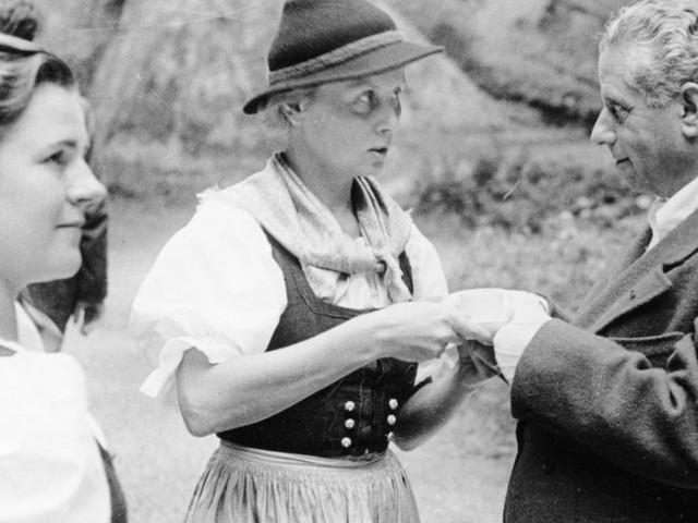 """Festspiel-Ausstellung """"Jedermanns Juden"""": Der Theaterzauber und seine Schatten"""