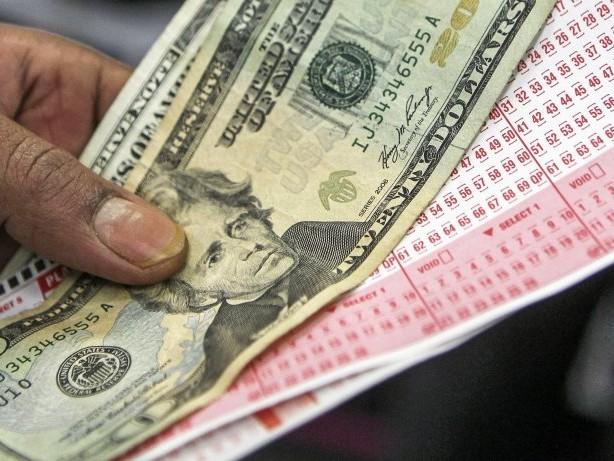Glückslos: Lotterie-Jackpot: Millionengewinn landete fast im Mülleimer