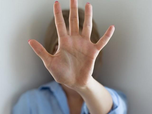 Frau tagelang von ihrem Mann malträtiert