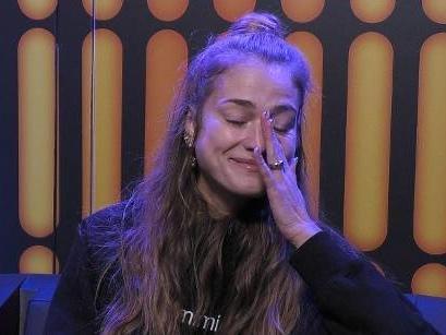 """""""Einfach too much"""": """"Bachelor""""-Finalistin Mimi Gwozdz wirft bei """"Promi Big Brother"""" das Handtuch"""