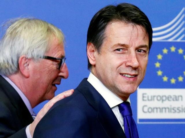 Italienischer Haushalt: Die Populisten knicken ein