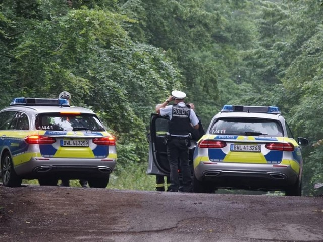 Baden-Württemberg: Mehrere Tote nach Absturz eines Kleinflugzeugs im Kreis Böblingen