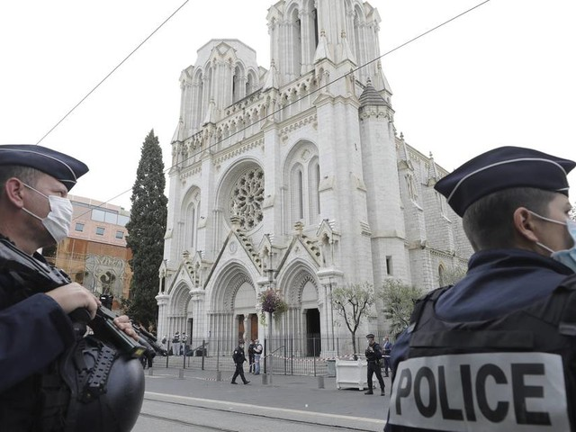 Höchste Terrorwarnstufe: Entsetzen in Frankreich über Terroranschlag in Nizza