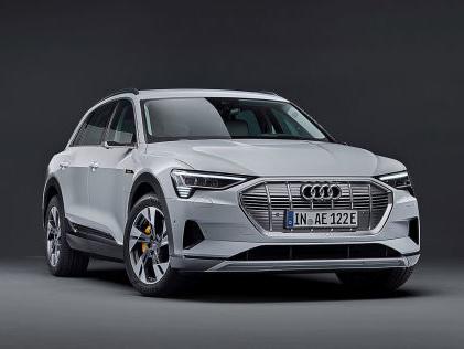 Audi e-tron 50 quattro (2021): Leasing, Preis, Elektro, SUV Audi e-tron für sehr günstige 203 Euro im Gewerbe-Leasing