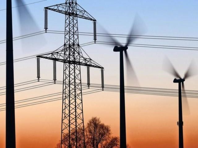 DIHK-Hauptgeschäftsführer schlägt Alarm: Stromkosten bedrohen Wettbewerbsfähigkeit
