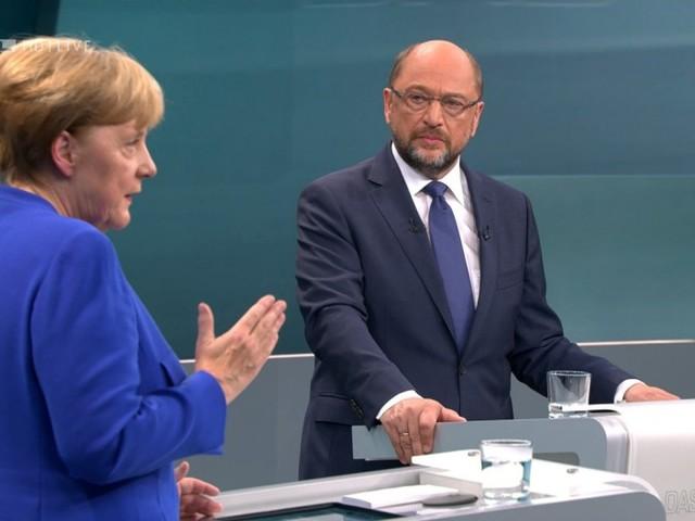 Schulz müht sich beim TV-Duell vergeblich gegen Merkel