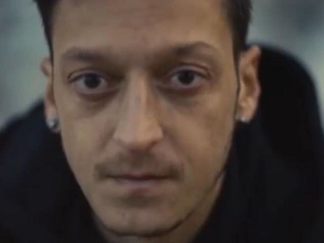 Mesut Özil wird zum Kosmetikhersteller