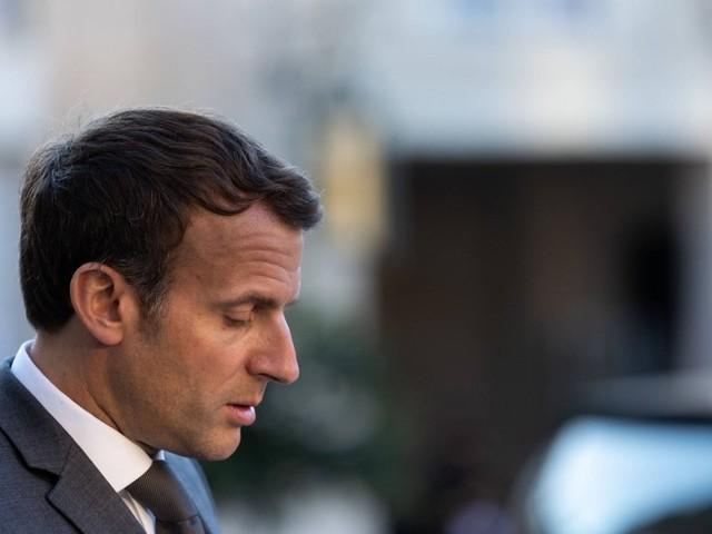 Nieder mit der Macronie: Mann ohrfeigt Emmanuel Macron