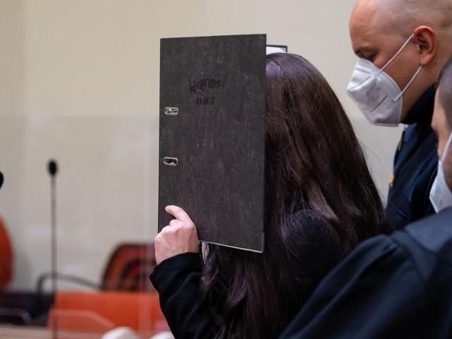 Zehn Jahre Haft für IS-Rückkehrerin Jennifer W.