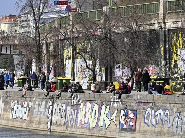 Wien erwägt eine Maskenpflicht im Freien