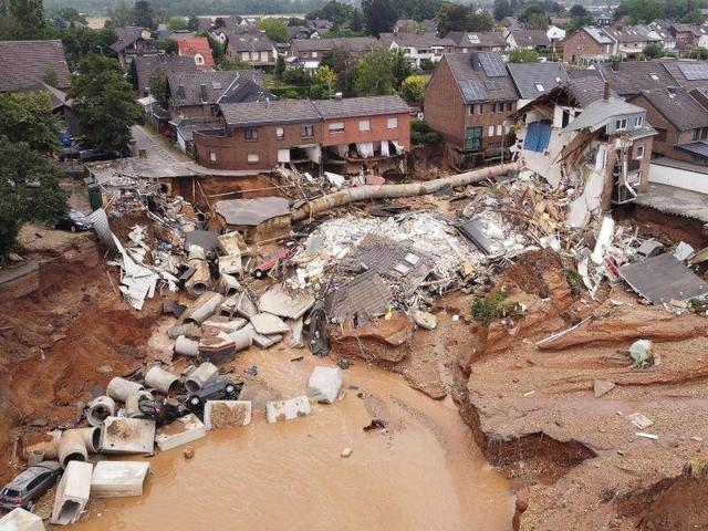 """Hochwasser in Deutschland: """"Horror"""" - Viele Menschen vor den Trümmern ihrer Existenz"""