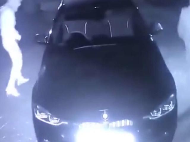 Schock in der Nacht: Familie muss dreisten BMW-Diebstahl hilflos mit ansehen