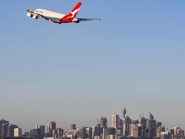 Qantas führt Impfpflicht für Passagiere auf internationalen Flügen ein