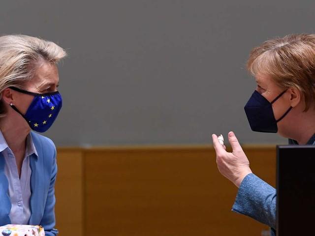 """Merkel empfängt Von der Leyen - EU-Milliarden für """"stümperhafte Mogelpackung""""?"""