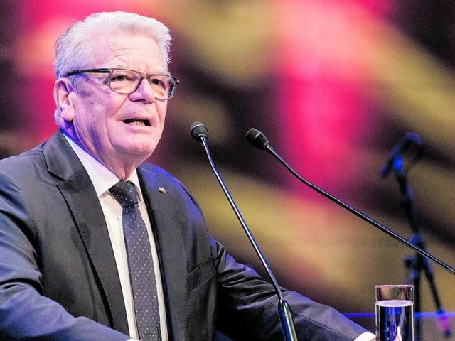 """Deutschlands Ex-Präsident Gauck nennt Impfgegner """"Bekloppte"""""""